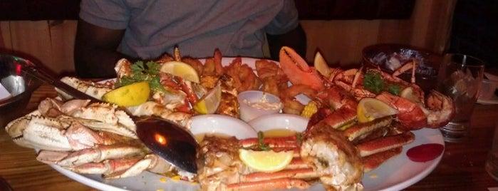 Sammy's Shrimp Box Restaurant is one of Tempat yang Disukai Kamara.