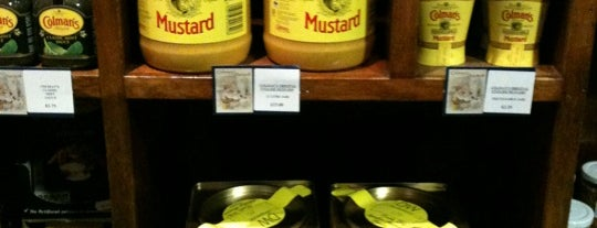 Colman's Mustard Shop & Museum is one of Carlさんのお気に入りスポット.