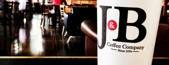 J & B Coffee is one of Gespeicherte Orte von Jake.