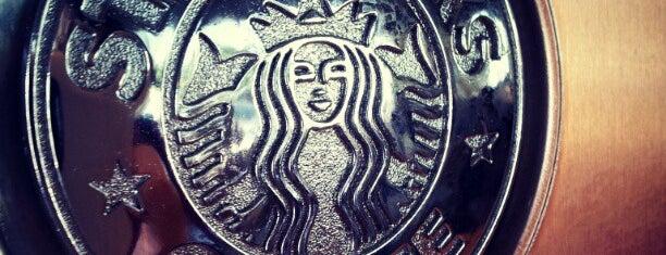 Starbucks is one of Locais curtidos por Kawika.