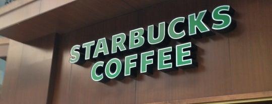 Starbucks is one of Lugares favoritos de Gabriel.