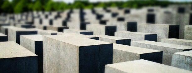 Memorial untuk Orang-orang Yahudi yang Terbunuh di Eropa is one of Trips / Berlin, Germany.