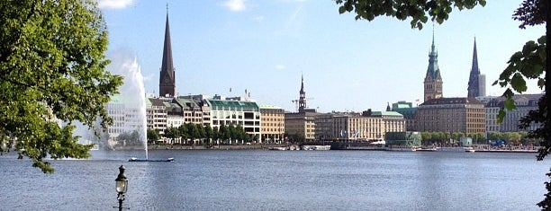 Binnenalster is one of Hamburg.