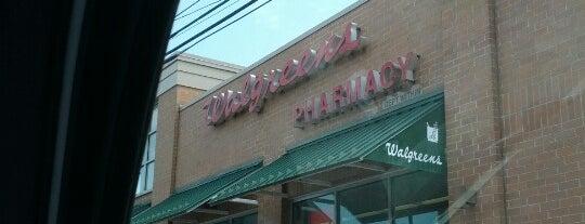 Walgreens is one of สถานที่ที่ Mei ถูกใจ.