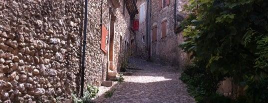 Mirmande is one of Les plus beaux villages de France.