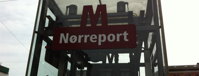 Nørreport st. is one of Lieux qui ont plu à Natalie.