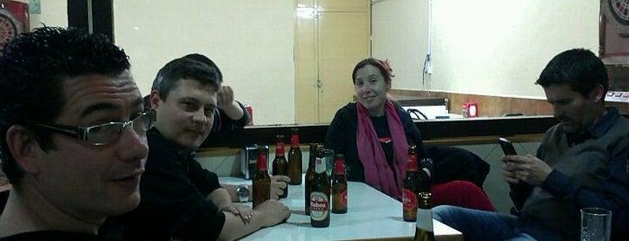 El Hotro Bar is one of Lugares favoritos de Sergio.