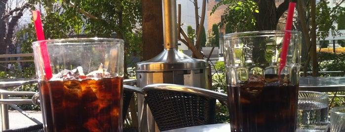 EXCELSIOR CAFFÉ Barista is one of Locais curtidos por MK.