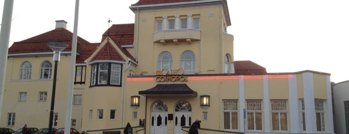 Casino Cosmopol is one of Michael'in Beğendiği Mekanlar.