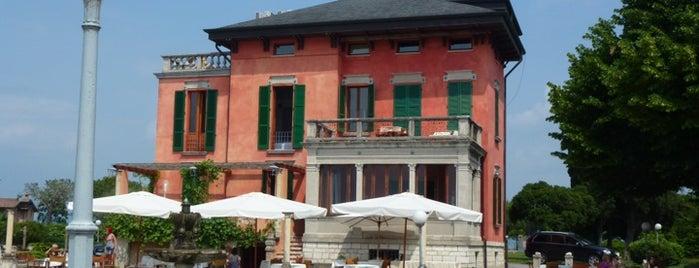Villa Pioppi is one of Lieux qui ont plu à Sole.