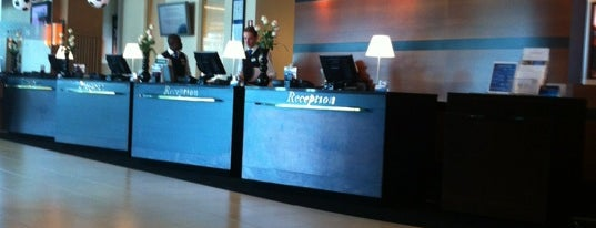 Radisson Blu Hotel Amsterdam Airport is one of Tempat yang Disukai Engin.