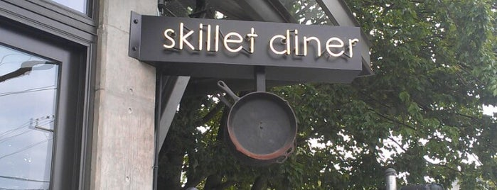 Skillet Capitol Hill is one of Tempat yang Disimpan Allison.