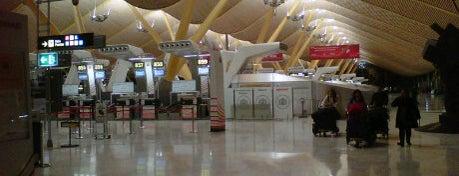 "Flughafen Madrid-Barajas ""Adolfo Suárez"" (MAD) is one of สนามบินนานาชาติ (1)."