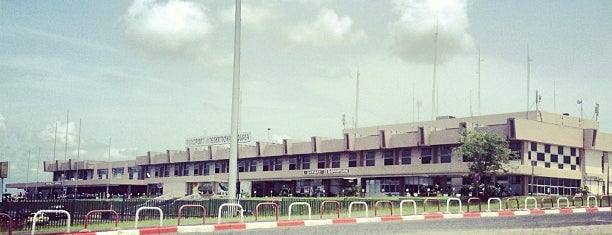 Douala International Airport is one of My Airports.