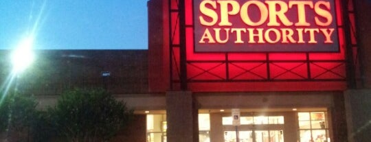 Sports Authority is one of Tempat yang Disukai Chris.