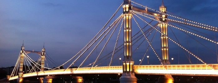 Albert Bridge is one of Antonella 님이 좋아한 장소.
