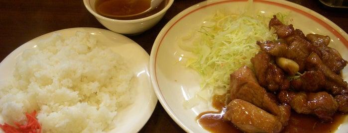 中華料理 一楽 is one of Linda's favorite restaurants and bars in Mie.
