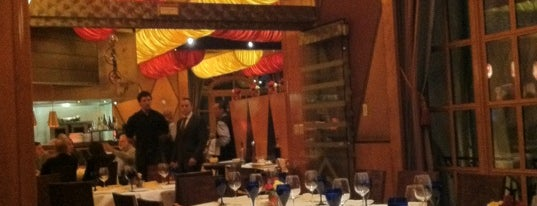 Le Cirque is one of Eating Las Vegas: 50 Essential Restaurants 2013.
