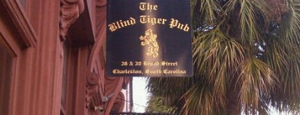 Blind Tiger Pub is one of Tyler 님이 좋아한 장소.