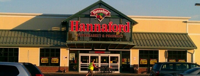 Hannaford Supermarket is one of Karen 님이 좋아한 장소.
