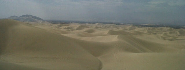 Dunas de Huacachina is one of Orte, die Alicia gefallen.