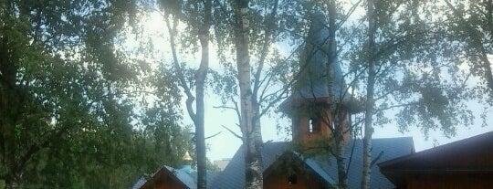 Храм Тихвинской Иконы Божьей Матери is one of Mariaさんのお気に入りスポット.