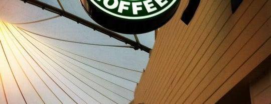 Starbucks is one of Roberto : понравившиеся места.