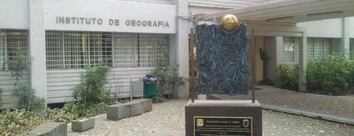 Instituto de Geografía-UNAM is one of Tempat yang Disukai Manuel.