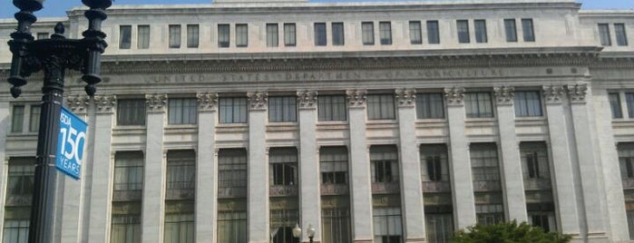 U.S. Department of Agriculture (USDA) Jamie L. Whitten Building is one of Federal Departments.