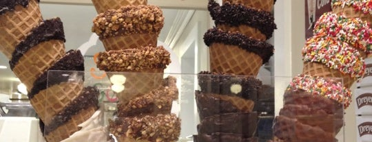 North Pole Fudge and Ice Cream Co. is one of Locais curtidos por Elle.