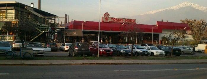 Café Tomás is one of Tempat yang Disimpan Renzo.
