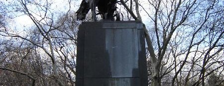 José Julian Martí Monument by Anna Vaughn Hyatt Huntington is one of Central Park Monuments & Memorials Tour.