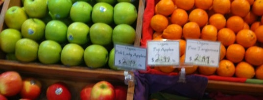 Earthbound Organic Farms is one of PCH.