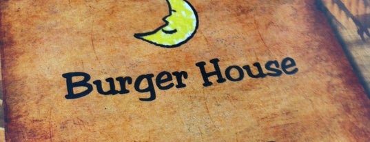 Moonie's Burger House is one of Places to Eat.