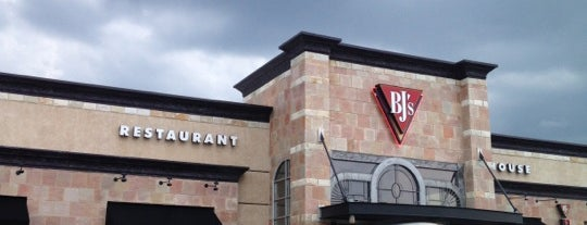 BJ's Restaurant & Brewhouse is one of late night hang out.