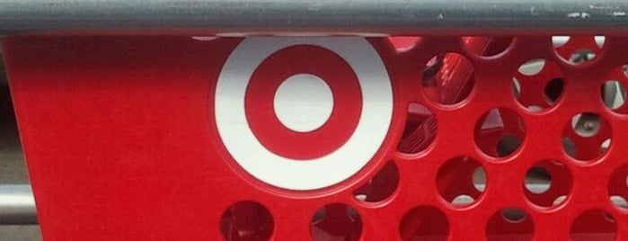 Target is one of Lugares favoritos de Lindsaye.