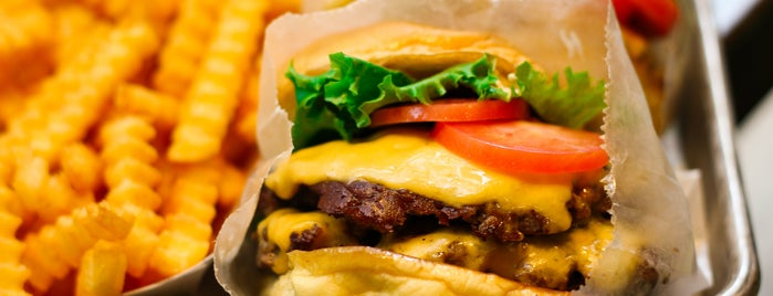 Shake Shack is one of The Crew's Burgers of the Year 2011.