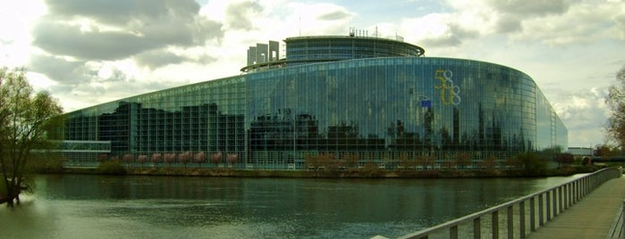 Parlamento Europeo is one of Bienvenue en France !.