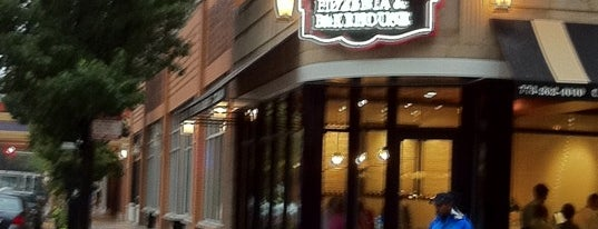 Pete's Pizzeria & Bakehouse is one of Chicago Foods.