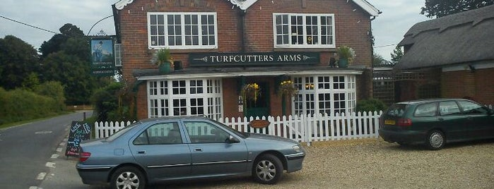 Turfcutters Arms is one of Locais curtidos por Carl.