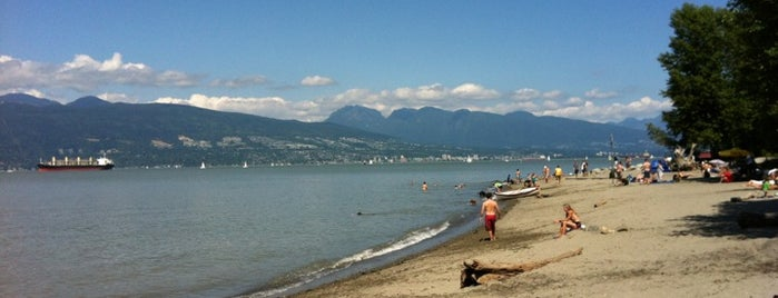Spanish Banks - Dog Area is one of Lugares favoritos de Celeste.