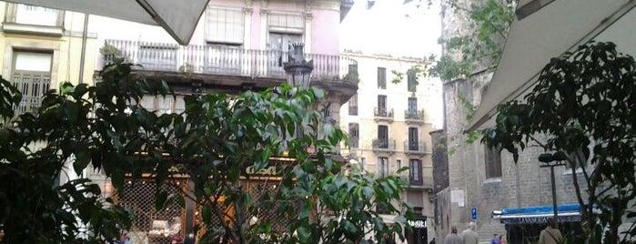 Bar del Pi is one of Mejores Terrazas en Barcelona.