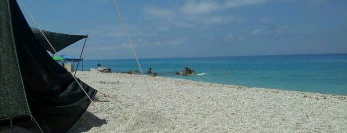 Kalamitsi Beach is one of Katerina: сохраненные места.