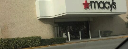 Macy's is one of Lugares guardados de Joziel.
