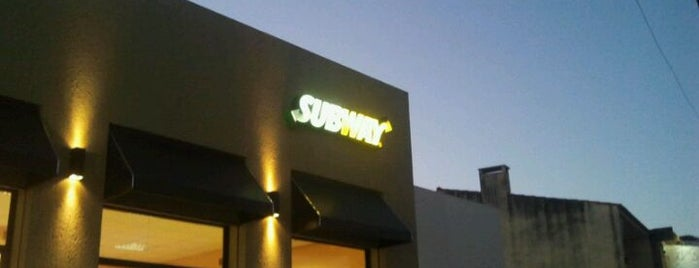 Subway is one of Lugares guardados de Charles.