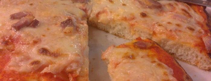 Pizza Leggera is one of Pavia: mangiare e divertirsi.