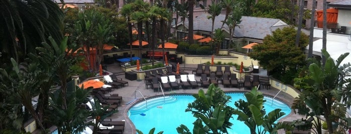 Fairmont Miramar Hotel & Bungalows is one of Santa Monica.