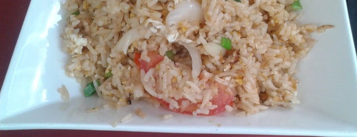 El Petit Bangkok is one of Menjar // Comida.