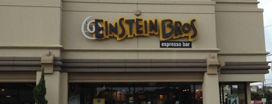 Einstein Bros Bagels is one of Tempat yang Disukai Andrew.