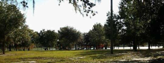 Crest Lake Park is one of Locais curtidos por Sunny Wynn.
